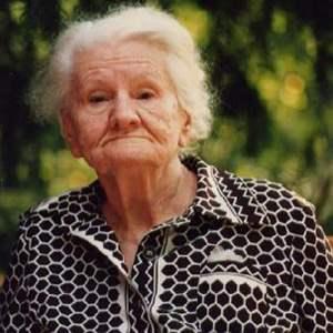 В Казани с бабушки сняли порчу за 270 тысяч рублей