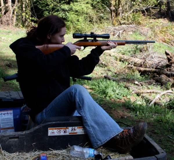 user-girl-guns-920-1