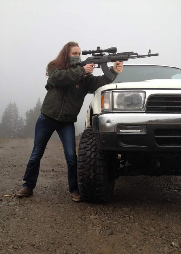 user-girl-guns-920-7