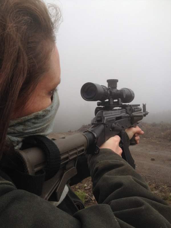 user-girl-guns-920-9