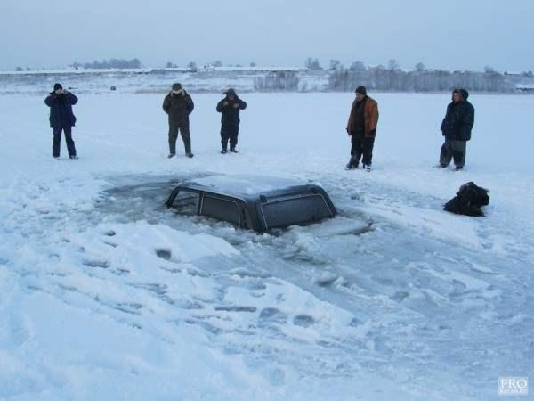нива провалилась под лед3