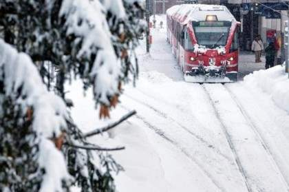 В Швейцарию пришла зима с большими снегопадами