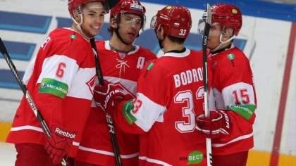 Хоккейный «Спартак» остался без спонсора.