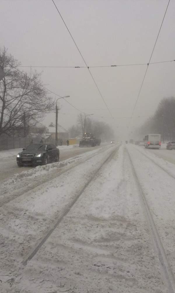 снег в днепропетровске 28 января 2014. 10