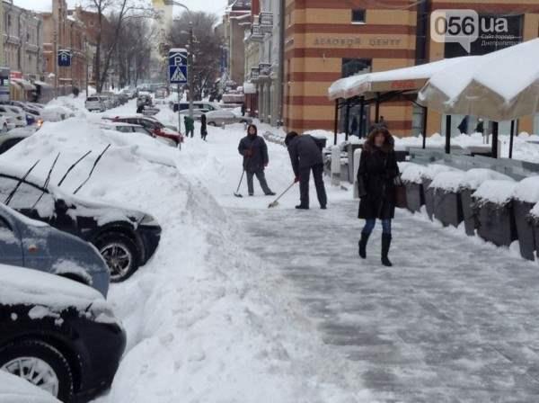 снег в днепропетровске 28 января 2014. 14