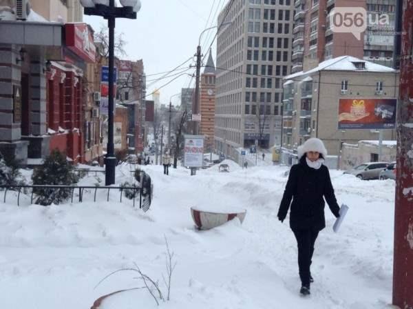 снег в днепропетровске 28 января 2014. 4