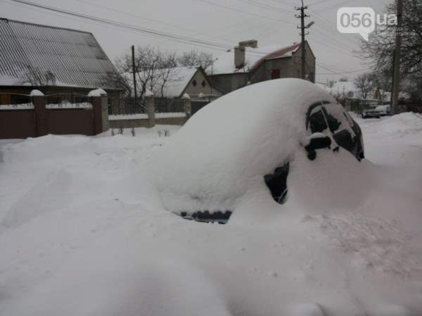 снег в днепропетровске 28 января 2014. 6