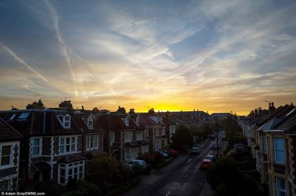 Солнце поднимается над Бристолем.
