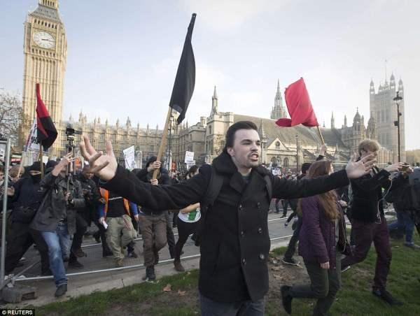 великобритания протесты15