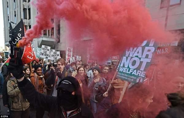 великобритания протесты17