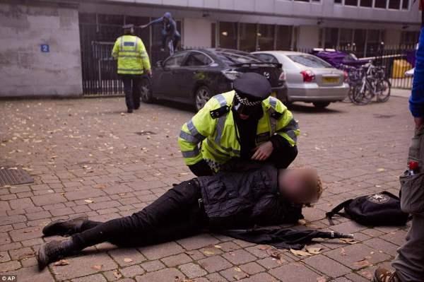 великобритания протесты24