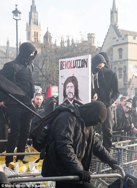 великобритания протесты26