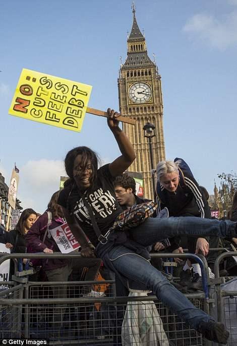 великобритания протесты27