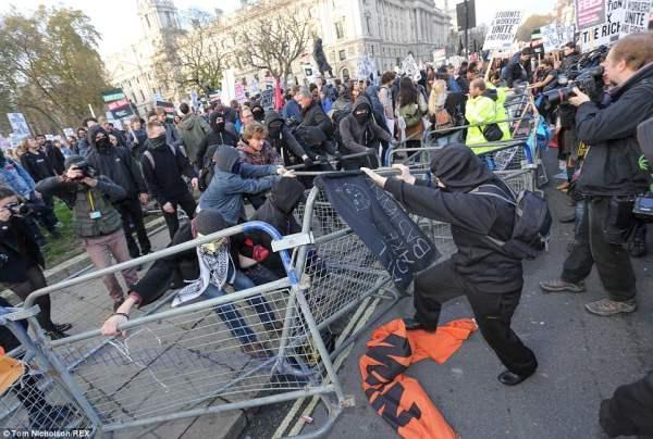 великобритания протесты29