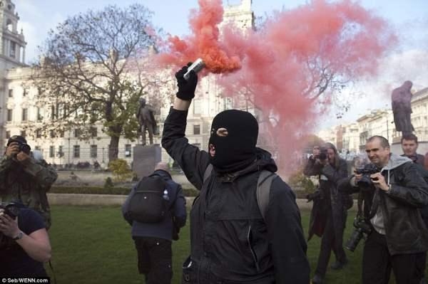 великобритания протесты4