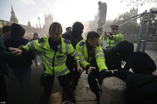 великобритания протесты5