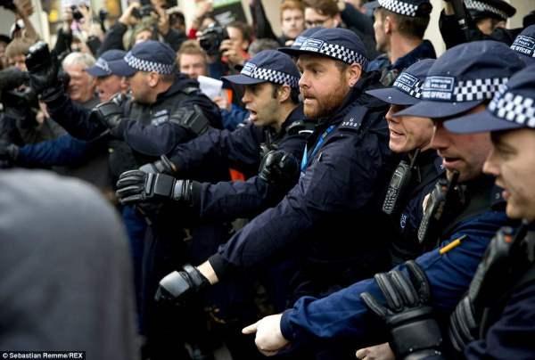 великобритания протесты51
