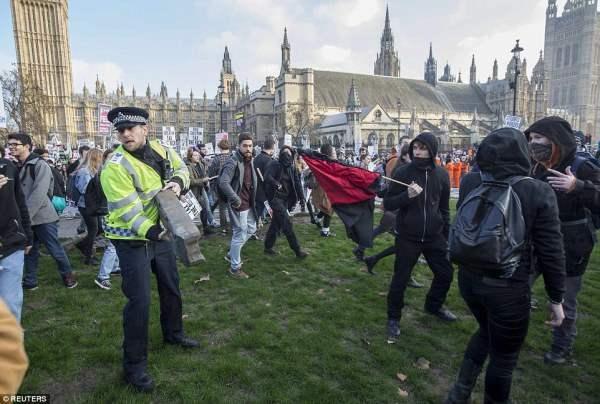 великобритания протесты9
