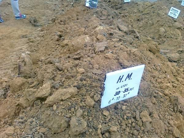 солдаты рф могила3