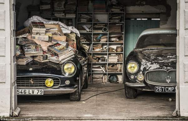 Ferrari (слева) и Maserati A6G 200 Berlinetta Grand Sport Frua (справа) - одни из самых редких моделей в мире.