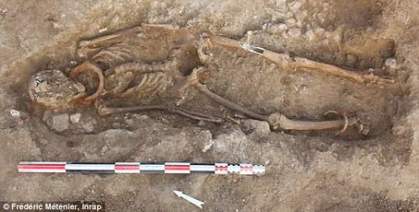скелеты гладиаторов2