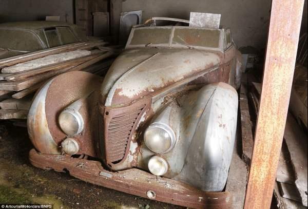 Talbot-Lago T26 Cabriolet когда-то принадлежал египетскому королю Фаруку.