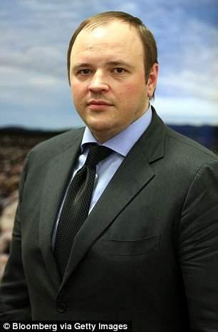 Андрей Гурьев младший, который является главным исполнительным директором ОАО Фосагро - глобального производителя удобрений. Андрей-младший также является сыном 28 самого богатого человека России, миллиардера Андрея Гурьева.