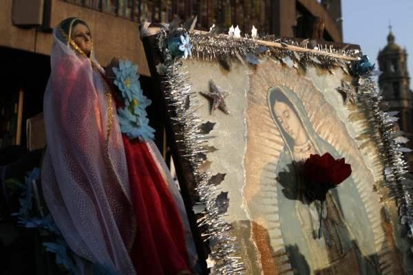 Женщины массово едут в Болгарию к Святой Иконе.