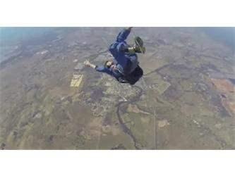 Парашютист потерял сознание во время прыжка (Видео)
