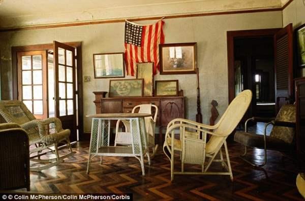 Американа: атрибуты американской жизни остаются, но бразильские рабочие завода были не в ладах с образом жизни и жаловались об этом.