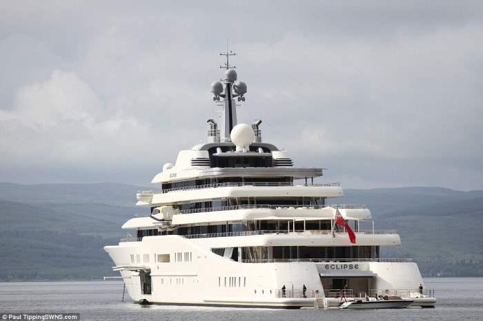 Eclipse - впечатляющая и самая дорогая в мире яхта.