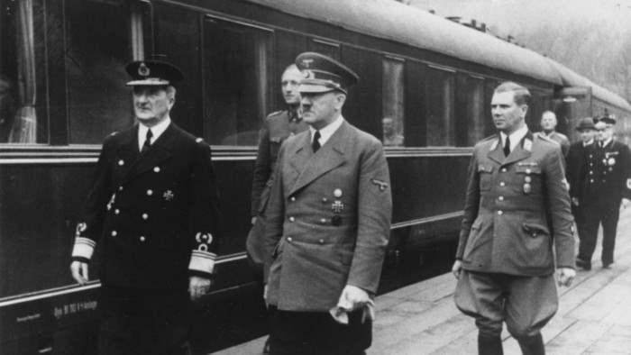 По легендам, Гитлер лично осматривал все вагоны перед отправкой.