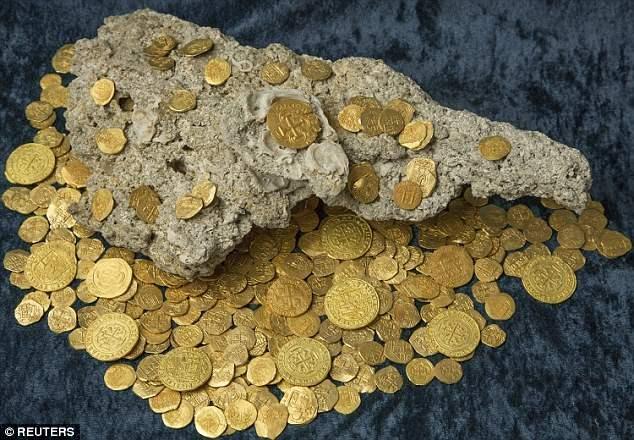 Флоридские кладоискатели нашли этот клад стоимостью $ 4,5 млн.