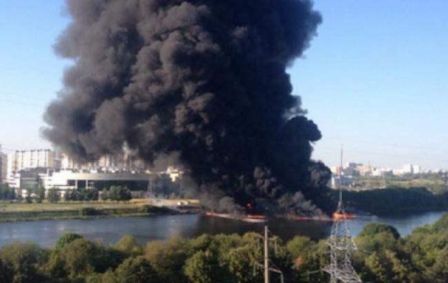 москва река пожар