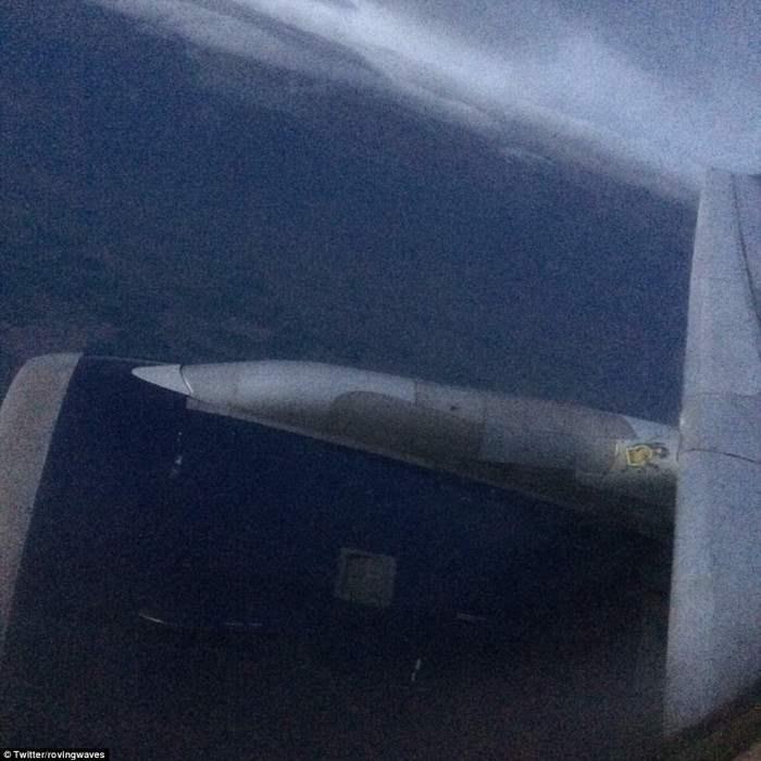 Джек Томпсон сделал эту фотографию шторма в воздухе.
