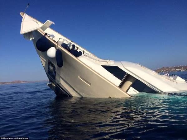 Американская суперяхта затонула у берегов греческого острова Миконос