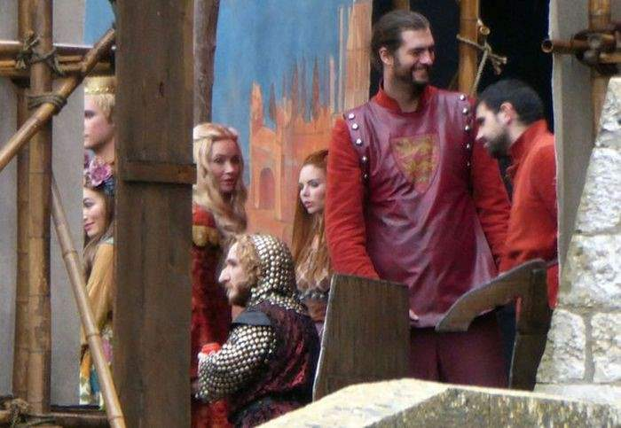leaked-photos-from-the-set-of-game-of-thrones-season-6-37
