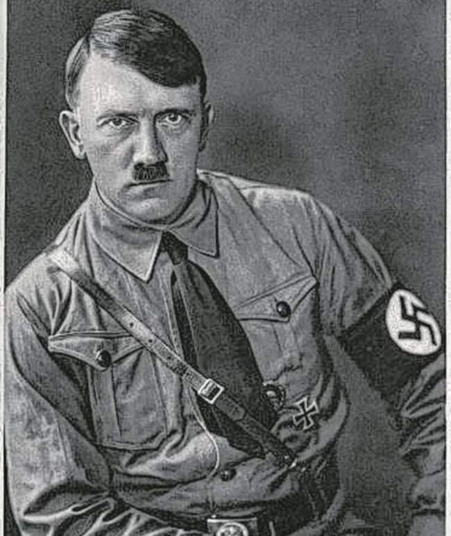 16 картин А.Гитлера продали за 40 000 €.