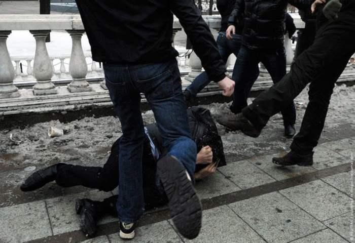 Массовая драка в центре Москвы