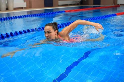 Польза посещения бассейна для здоровья