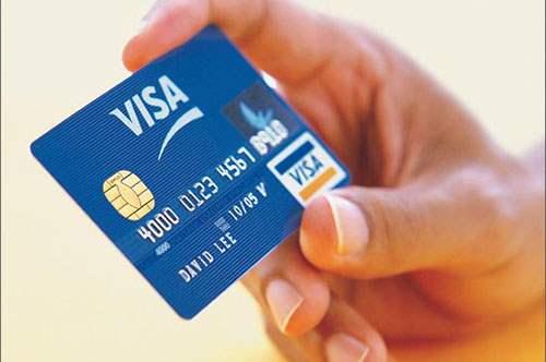 Дебетовые и кредитные карты. Чем они отличаются друг от друга?