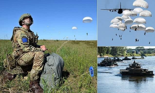 НАТО десантировалось у границ России (12 Фото)