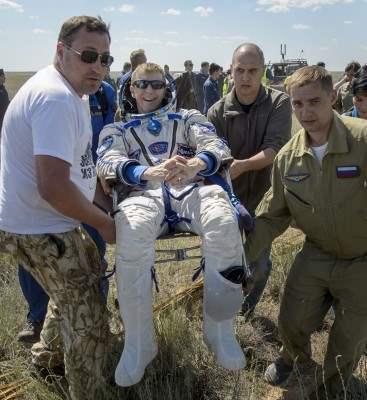 казахстан приземление космонавты (5)