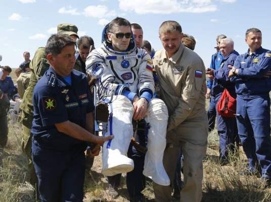 казахстан приземление космонавты (8)