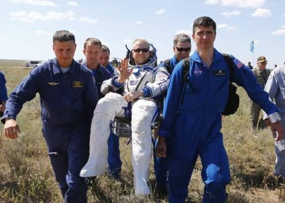 казахстан приземление космонавты (9)