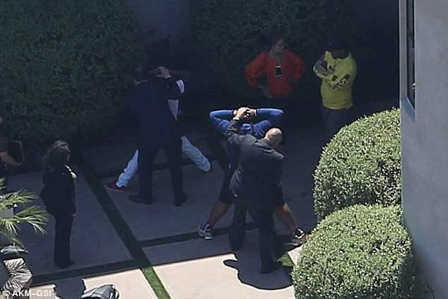 Крис Браун арестован в своем особняке