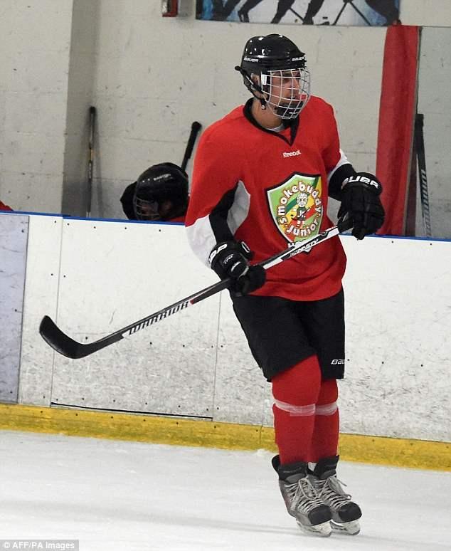 бибер хоккей (13)