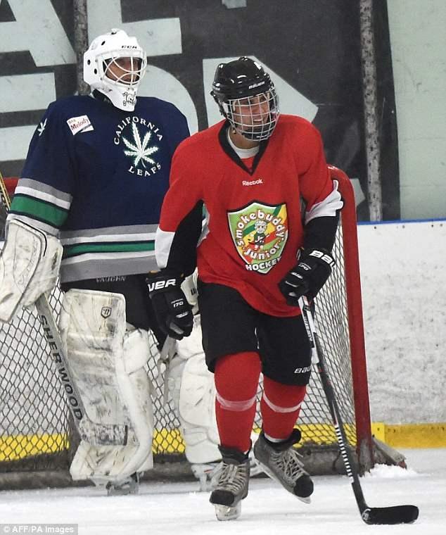 бибер хоккей (7)