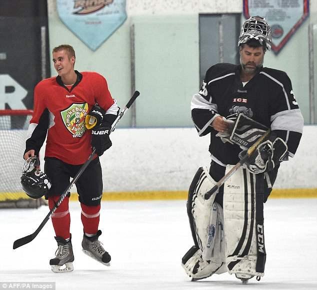 бибер хоккей (8)