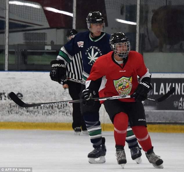 бибер хоккей (9)